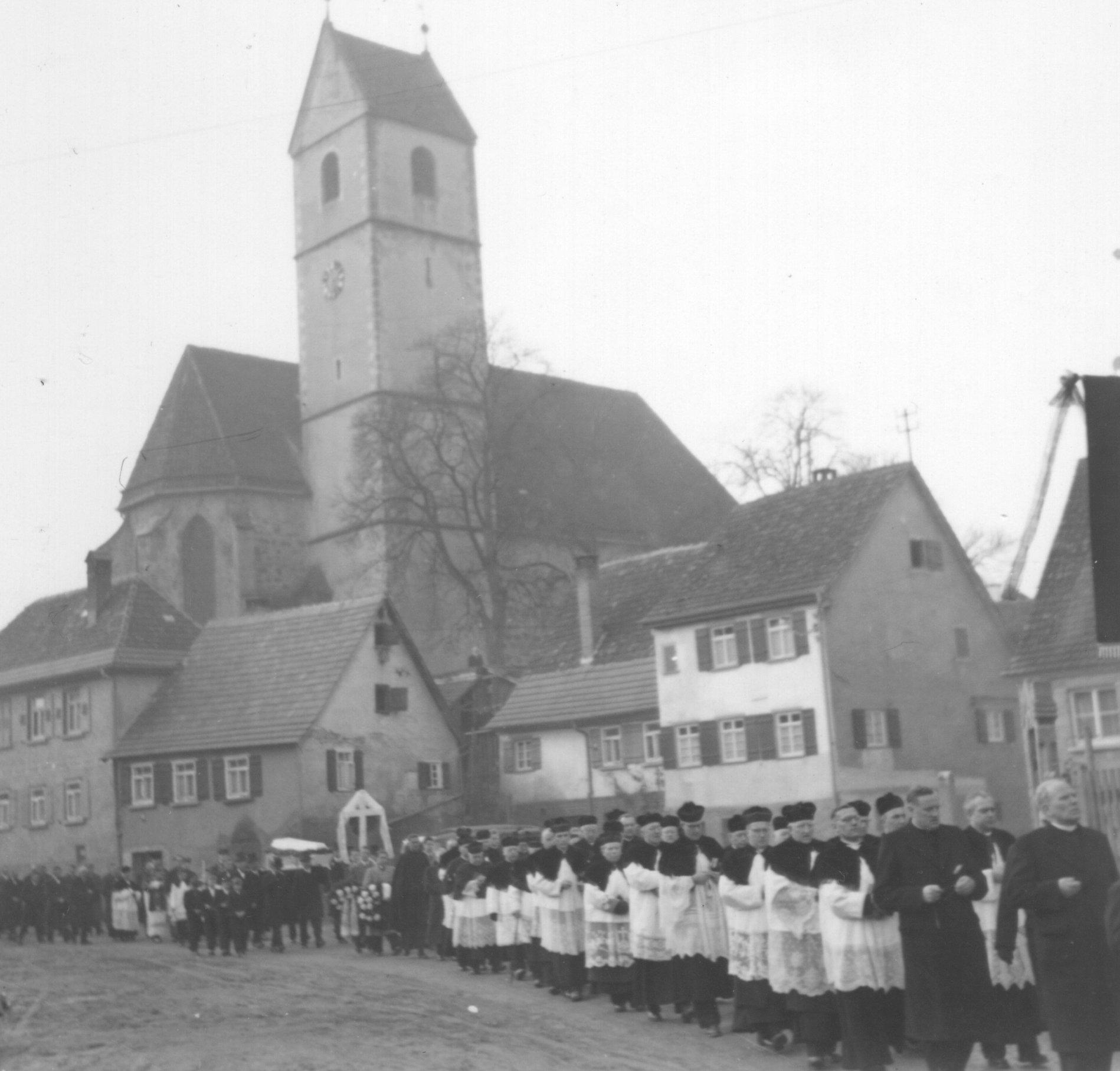 Beerdigungszug02